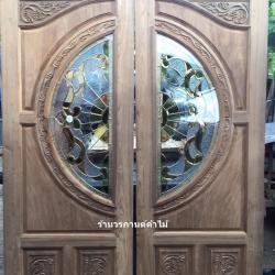 ประตูไม้สักกระจกนิรภัยแกะองุ่น เกรดA รหัสAA34