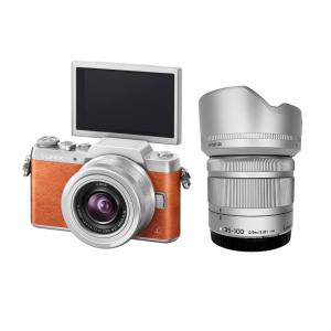 Panasonic GF8 + Lens 12-32 mm OIS + Lens 35-100 mm OIS (Orange)
