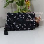 Kipling Creativity XL Small Flower กระเป๋าอเนกประสงค์ 3 ช่อง และ 2ช่องเล็ก ขนาด L21 x H 13 x D 6 cm