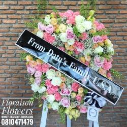บุปผาอาลัย Floraison โทนสี ชมพู ขาว พาสเทล (พวงหรีดดอกไม้สด)