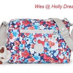 Kipling Wes Holly Dreams กระเป๋าสะพายใบเล็ก ค่อนไปกลางๆ ขนาด L9 x H 6.25 W 5.5 นิ้ว