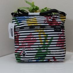 Lesportsac Small Cleo Jeffey กระเป๋าสะพายขนาดเล็ก ขนาด 9 x 9 x 4.5 นิ้ว