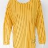1009258 ขายส่งเสื้อผ้าแฟชั่นเสื้อยืดแขนยาว ผ้าเนื้อดีใส่สบายๆค่ะ งานสวยค่ะ รอบอก 40 นิ้ว/ฟรีไซส์ ยาว 31 นิ้ว