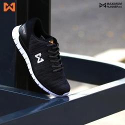 รองเท้า MAXIMUM RUNNER 5.0