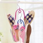 (1แพค x2 ชิ้น) ไม้แขวนรองเท้า แข็งเคลือบพลาสติกพีวีซีกันลื่น สีชมพู