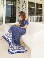 แม็กซี่เดรส Partysu Off-Shoulder Flora Maxi Dress