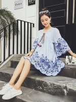 เดรส Striped Embroidered Roses Dress