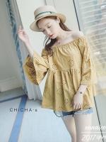 เสื้อแฟชั่น Lala Embroidery Off-Shoulder Blouse