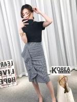 กระโปรงแฟชั่น Embellished Check Midi Skirt