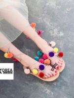 รองเท้าแฟชั่น Summer Pom Pom Sandals