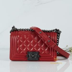 กระเป๋า CC Boy สีแดง
